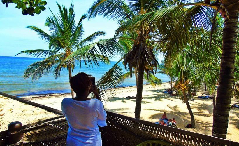 Amani_Tiwi_Beach